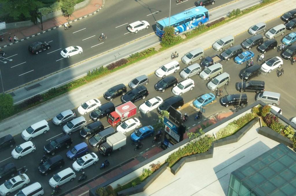 ジャカルタ中心部の交通渋滞