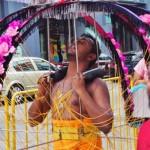 シンガポールでインドの祭事をのぞいてみよう!前編 ~苦行の「タイプ―サム」で美味しい食事が待っていた~