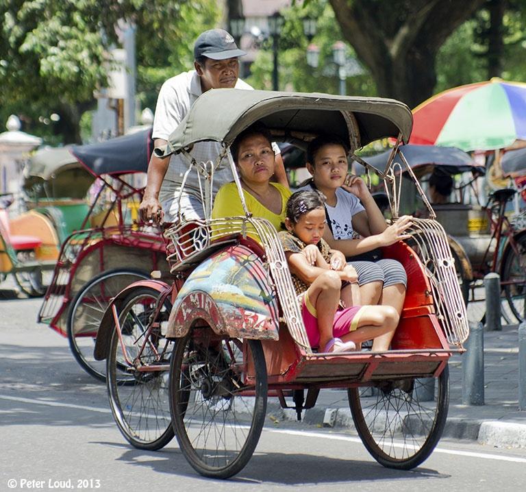 巨大都市ジャカルタの交通手段06