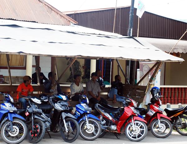 巨大都市ジャカルタの交通手段07