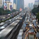 「相乗りします」がビジネスに!ジャカルタの深刻な交通渋滞が支える貧困システム