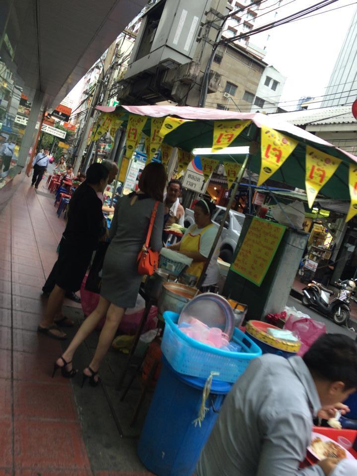 タイの街が黄色で染まる?意外と知らないタイの菜食週間「キンジェー」03