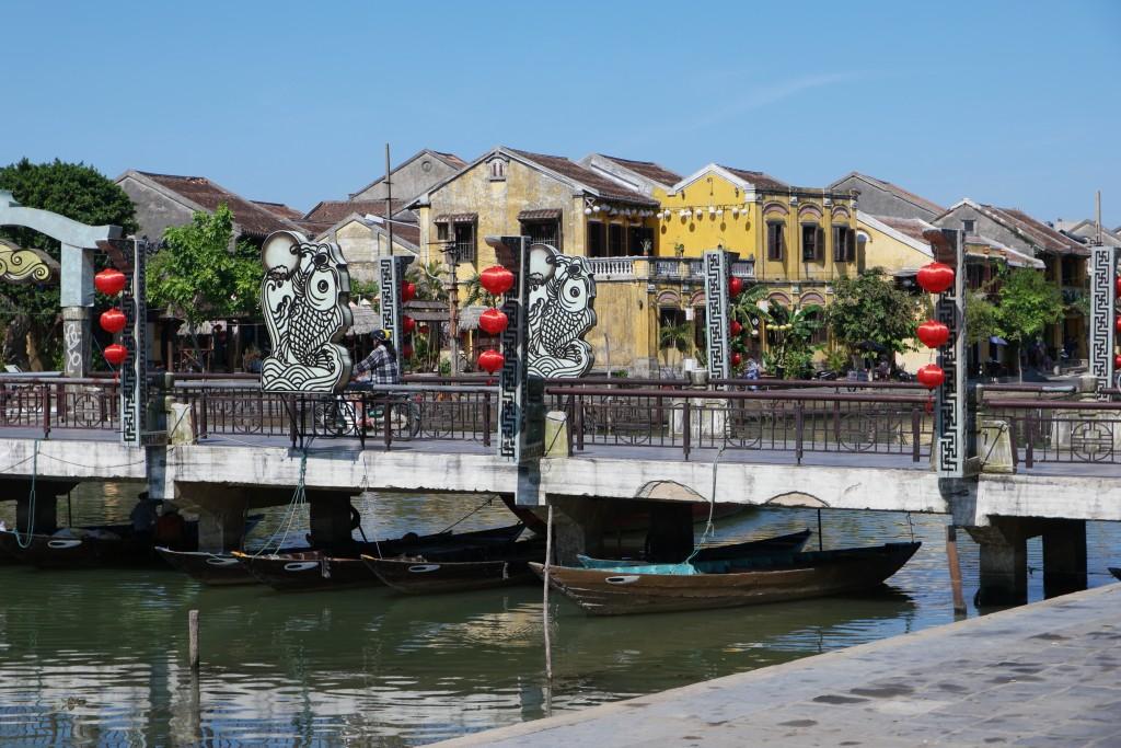 ホイアン ancient townへの橋