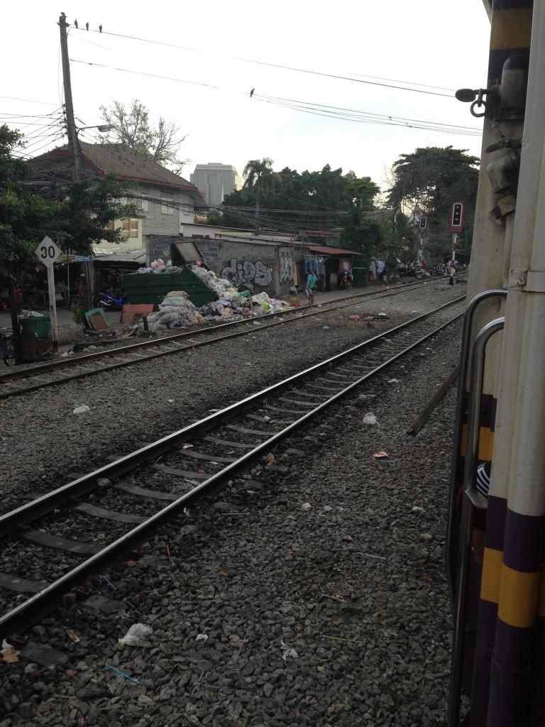 バンコク 線路 2